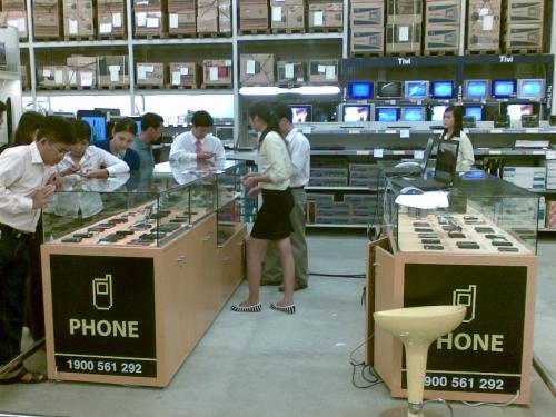 Thegioididong.com-khai-trương-gian-hàng-tại-siêu-thị-Metro-Đà-Nẵng