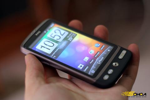 HTC Desire HD màn hình 4,3 inch và camera 8 'chấm'