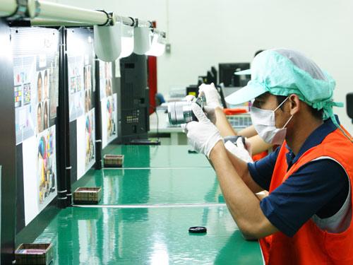 Thăm nhà máy sản xuất camera của Sony tại Thái Lan