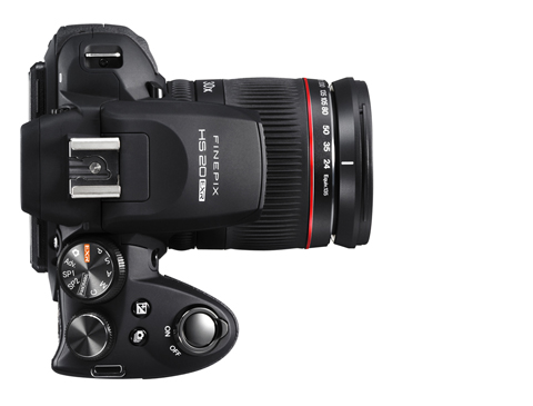 Fujifilm Finepix HS20 EXR: Máy ảnh siêu zoom