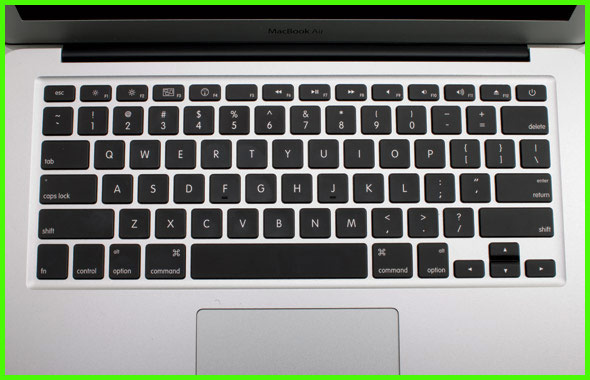 Bàn phím laptop tốt nhất và tệ nhất ban phim laptop - 2